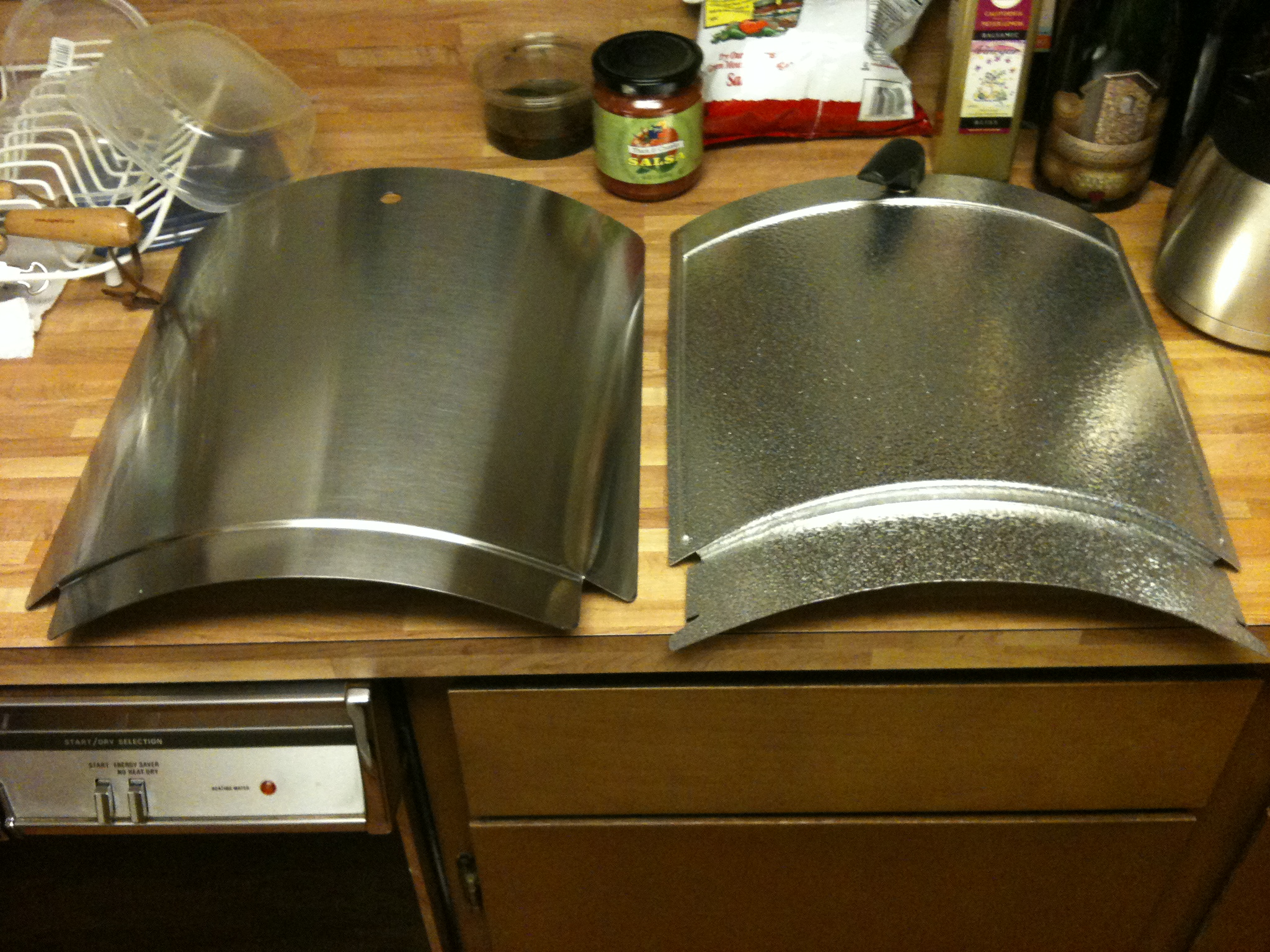 Side by side comparison (C\u0026C door on the left and stock Weber door on the right) & Pimpin\u0027 out the WSM   Degüello BBQ